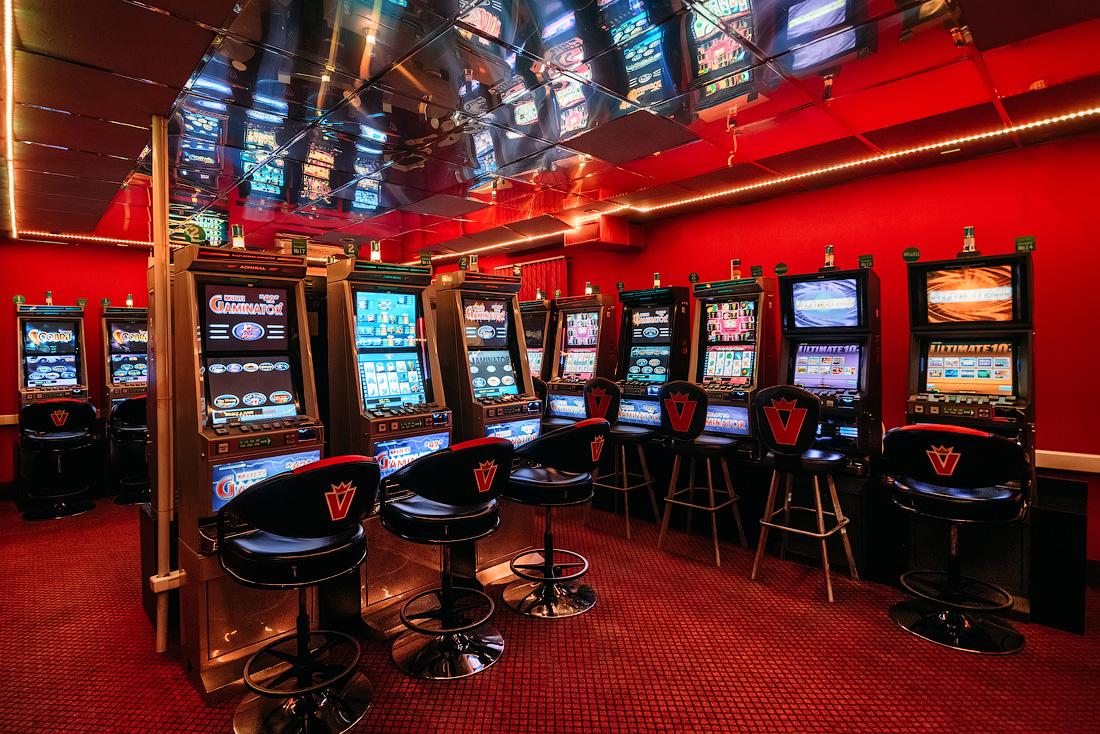 официальный сайт игровые автоматы казино фараон