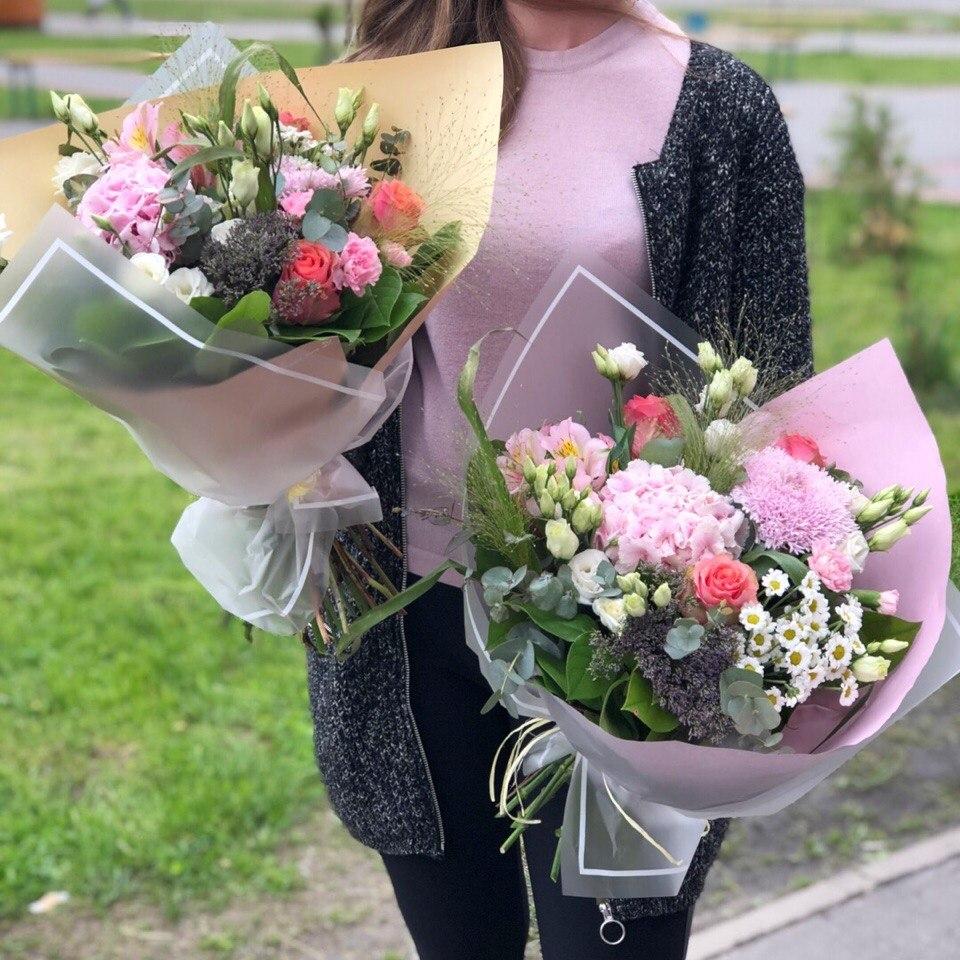 Предложение цветов и букеты на выпускной цена, магазин